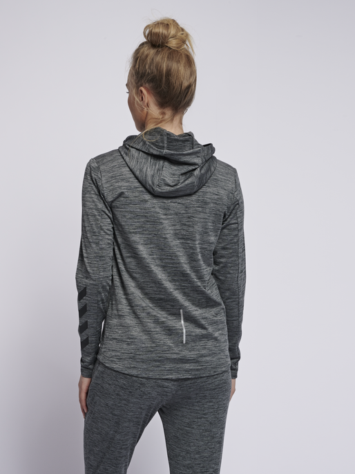 hmlSELBY ZIP HOODIE, DARK GREY MELANGE, model
