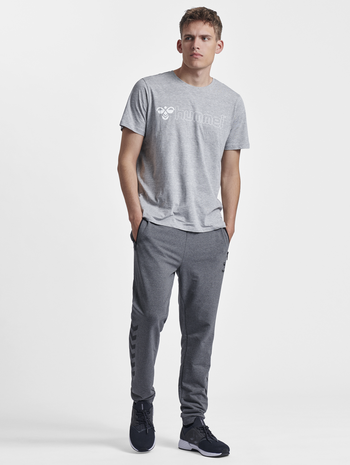 HMLRAY PANTS, DARK GREY MELANGE, model