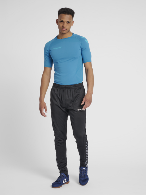 hmlAUTHENTIC PRO SEAMLESS JERSEY S/S, CELESTIAL, model
