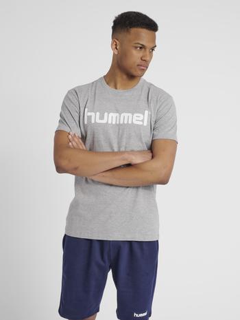 HUMMEL GO COTTON LOGO T-SHIRT S/S, GREY MELANGE, model