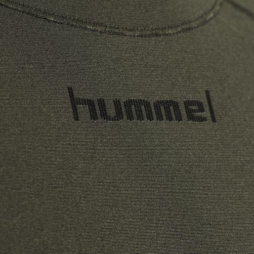 hmlLUKA SEAMLESS T-SHIRT L/S, OLIVE NIGHT, packshot