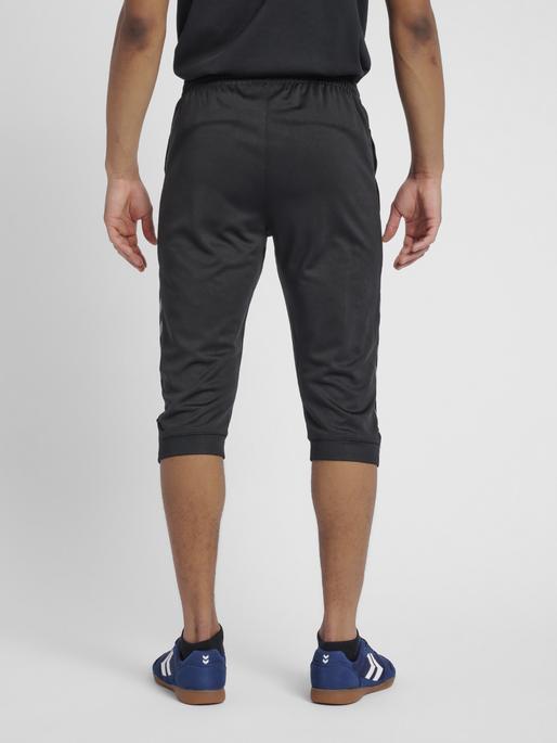 hmlAUTHENTIC 3/4 PANT, BLACK/WHITE, model
