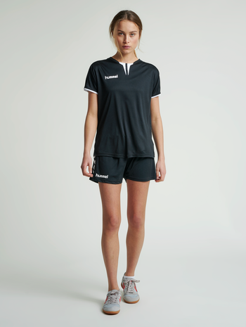 CORE WOMENS SS JERSEY, BLACK PR, model