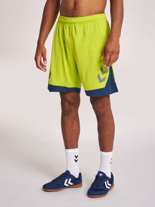 hmlLEAD POLY SHORTS, LIME PUNCH, model