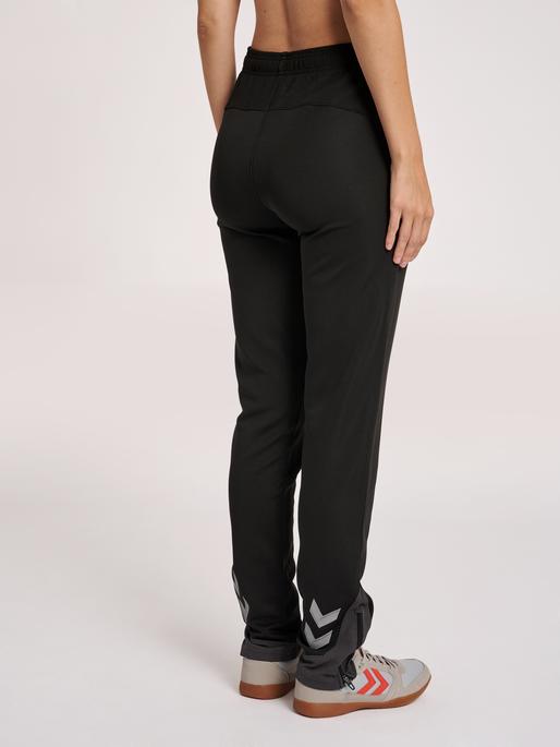 hmlLEAD WOMEN POLY PANTS, BLACK, model