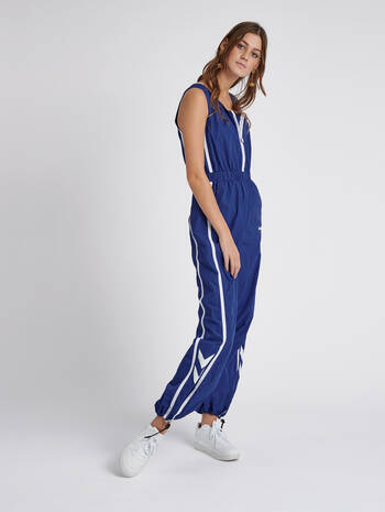hmlSTORM WIDE LEGGED JUMPSUIT, MAZARINE BLUE, model