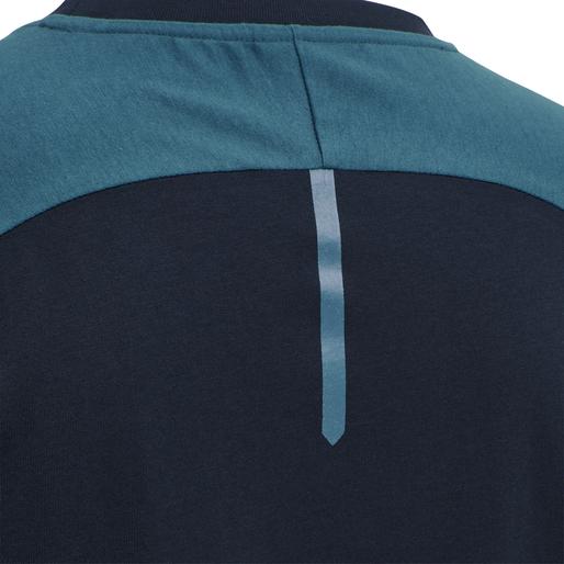 hmlACTION COTTON T-SHIRT, DARK SAPPHIRE/BLUE CORAL, packshot