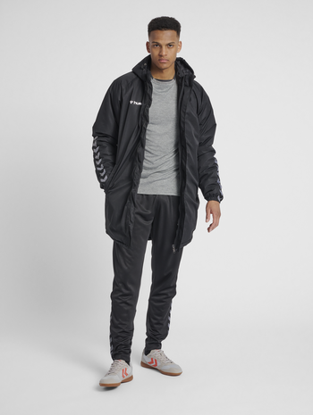 hmlAUTHENTIC BENCH JACKET, BLACK/WHITE, model