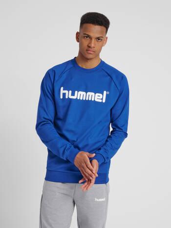 HUMMEL GO COTTON LOGO SWEATSHIRT, TRUE BLUE, model