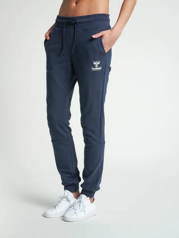 hmlNONI REGULAR PANTS, BLUE NIGHTS, model